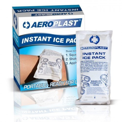 Instant Ice Packs are ideal for treating sprains, strains, bumps and knocks. Quick application at the injury site reduces swelling and inflammation, speeding the recovery from injuries. To use, simply squeeze, shake and apply!